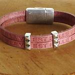 Bracelet cuir rose ; bracelet avec message gravé ; cadeau 2 ans de mariage ; cadeau de Noël