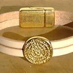 Bracelet beige et doré ; bracelet cuir pour cadeau