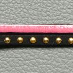 bracelet cuir et suédine ; bracelet rose et noir