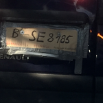 Der Kennzeichenmacher hatte wohl Rinderwahnsinn? Die TÜV-Plakette fehlt... :-)