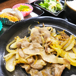 生姜焼き定食 750円(税込) ※2018年6月現在