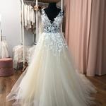 Brautkleid, Neu und ungetragen, Prinzessin, A-Linie Gr. 42,  Tüllrock, Modeca