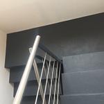 artundcolour fugenloser bodenbelag treppe anthrazit rasato by gobbetto