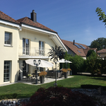 artundcolour malerarbeiten fassadenrenovation in oberhofen (vorher)