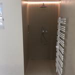 artundcolour fugenlose beläge  dusche gobbetto liscio