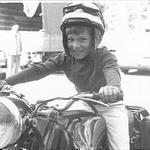 En 1966, àdix ans, sur une Ratier de la gendarmerie