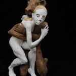 la femme et l´ours 2018 Terracotta 80 x 46 x 69 cm