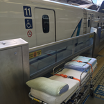 介護タクシー北斗 新幹線送迎 多目的室 寝台ストレッチャー
