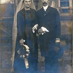 Dieses unbekannte Paar war Gast auf der Bräuer/Müller-Hochzeit. Sie haben wahrscheinlich Sillberhochzeit gefeiert.
