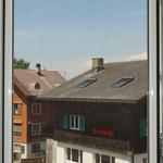 Insektenschutzgitter montiert (einfacher Rahmen zum Einhängen)