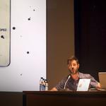 Presentación por parte de David Heras director de ILUSTRAFIC. Sala Alfons Roig de la Facultad de Bellas Artes de Valencia.