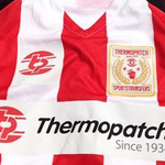 Permanente Textilkennzeichnung: Bild Abzeichen Sportkleidung