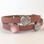 Altrosa Armband mit Schiebeperle Pusteblume grau auf weiß, Schiebeperle rosa matt und Metallperle Ornament