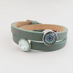 Grünes Armband mit Schiebeperle mint Swarovski und Schiebeperle Mandala in grün blau Tönen