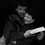 Margot (Gerda Katharina Kramer) und Villon (Peter Seum)