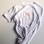 ハンド刺繍Tシャツ(ヤドカリ)