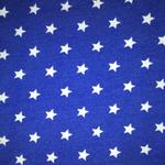 Weisse Sterne auf Königsblau