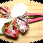 LIBERTYのコサージュピン、ピンク系ですが、コサージュもピンも色々な組み合わせで作れます。