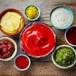 Feinkost Saucen und Dips aus Deutschland asiatisch Steaksaucen Senf Curry im Glas
