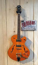 Career CG 22 Jazz E Gitarre mit Bigsby, Tennessee Orange, 75365 Calw