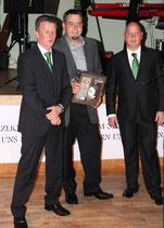 Ehrung für Ronny Stößer für seine Leistungen beim Aufbau und der Entwicklung der Spielgemeinschaft der FWZ Oderkicker.