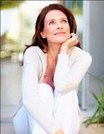 Le traitement hormonal de la femme mûre LR Health & Beauty Pendant la ménopause les femmes subissent de nombreux changements physiques résultant des fluctuations hormonales,  prenez Woman Phyto de LR et Aloe Vera Santé et Beauté