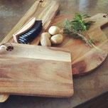 House Martin boutique planche à découper en bois brosse à légumes