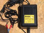 Chargeur Invac 12V 2A
