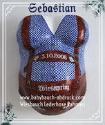 München Gipsabdruck verstärken ausbessern reparieren glätten, auf  Rahmenplatte montiert, das besondere Geschenk, wundervolle Erinnerung an die Schwangerschaft, Edelweiß Serviettentechnik, blaues Karohemd