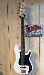 Bass-Gitarren, Elektrische Bässe, Musik Fabiani Guitars, 75365 Calw, Musik Fabiani Gutars, Calw, Karlsruhe, Pforzheim, Stuttgart,  Tübingen, Rottenburg, Meersburg am Bodensee