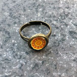 Cabochon Ring mit einem Mandala in der Fassung, aus Metall in der Farbe Bronze, in der Größe 10mm