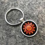 Silbener Schlüsselanhänber aus Metall in der Farbe Silber, für Cabochons von der Größe 25mm