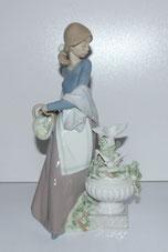 """Lladro Figur """"In the Garden"""",5416, by Antonio Ramos, 1987, Spain, H. ca 25,0 cm , € 265,00"""