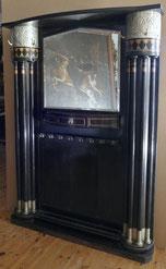 Jugendstil Garderobe, Darmstadt, Säulen, Intarsien, Silberfarbene Kapitelle , € 4200,00