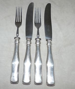4-Teiliges Speisebesteck, Österreich-Ungarn, 13 Lot, 1863, Rostfreie Klingen , € 150,00