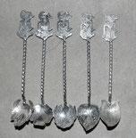 5 x Indonesische Teelöffel, 800er Silber, 38,0 g., Wayangfigur , € 99,00