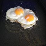 heerlijk ontbijten met een gebakken eitje