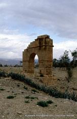 Cillium / Kasserine - Arc de triomphe (?) - TN