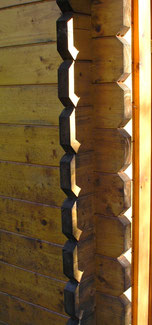 Billige Blockbohlenhäuser - Dünner Wandaufbau - Gartenhaus - Ferienhaus - Bausatz haus - Preise - Selbstbausatz - Selbstbauhaus -Günstig Bauen - Polen - Estland - Litauen - Schnäppchenhaus - Schuppen - Pavillon - Sommerhaus - Erfahrungen - Gartensauna