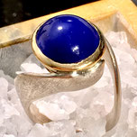 Blauer Opal in Gold750