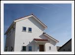 漆喰と無垢材が心地よいシンプルでナチュラルな家