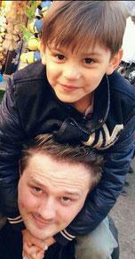 Miguel und sein Vater Michael M. aus Offenburg