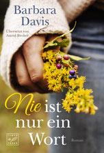 Auf dem Cover sieht man eine Hand die ein kleines Blumengesteck hält.