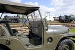 Nekaf jeep bij Sporen naar het Verleden