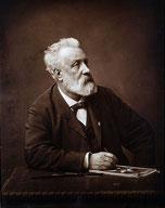 Jules Verne un gran visionario y escritor.
