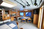 バハマドルフィンスイムクルーズツアー:クルーズ船