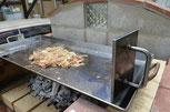 鉄板プレス料理鉄板プレス・極く厚鉄板