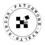 """Logo von Evelyn Binder. In einem Kreis befindet sich der Schriftzug """"Evelyn Binder Patchwork"""" und die abstrahierte Patchwork-Decke."""