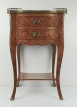 Louis XV Kommode, Beistelltisch, Messingapplikationen, Nussbaum, Intarisen , € 350,00