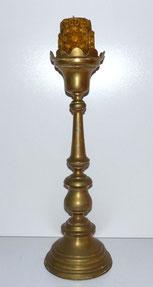 Sehr großer Kerzenleuchter, Messing, barocker Stil,Mitte 19. Jahrhundert,60,5 cm, € 150,00
